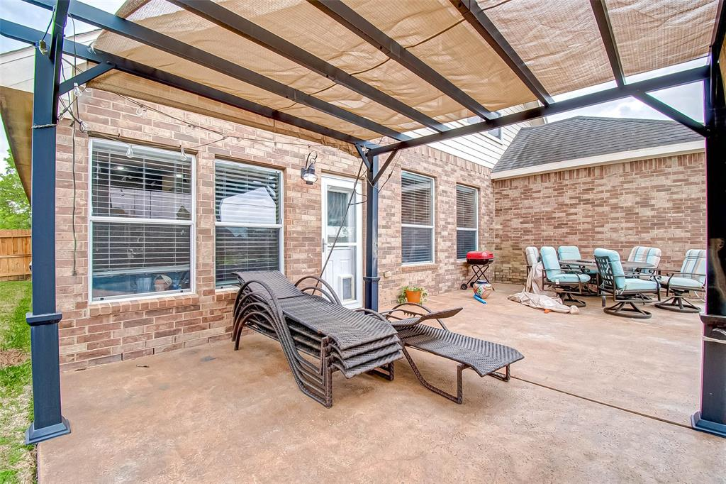 Pending | 2506 Monarch Terrace Drive Katy, Texas 77494 41