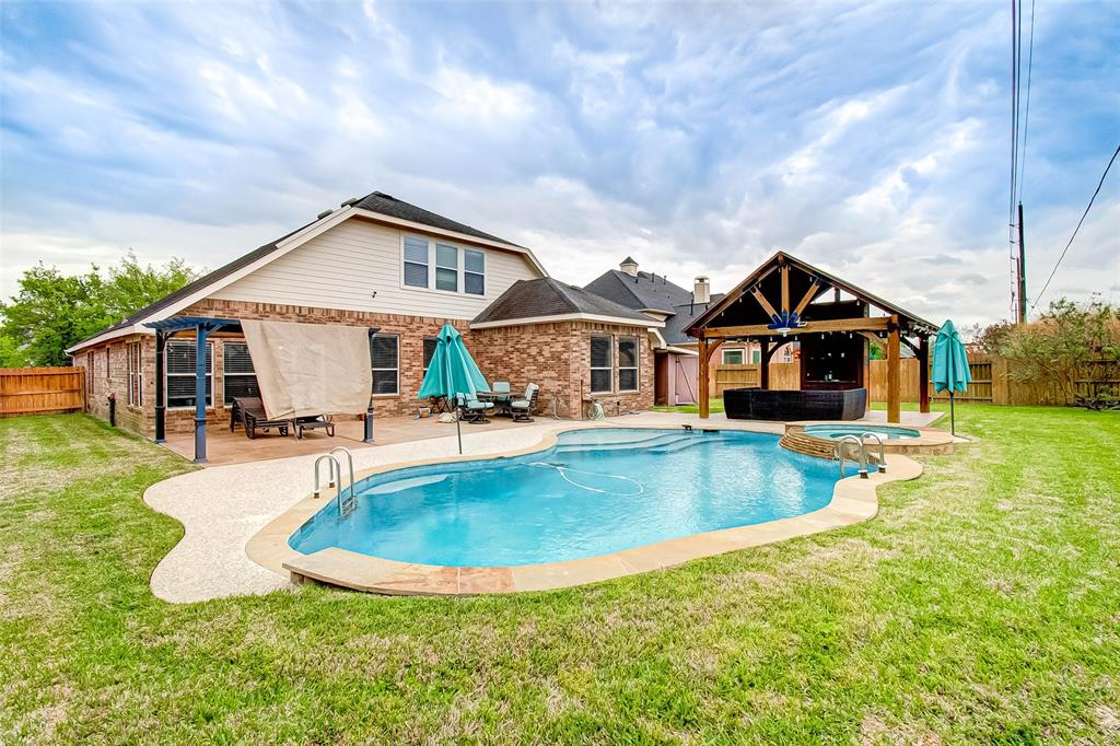 Pending | 2506 Monarch Terrace Drive Katy, Texas 77494 49