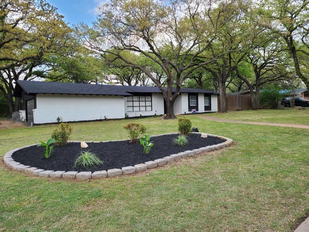 Sold Property | 2019 Ravinia Drive Arlington, Texas 76012 0