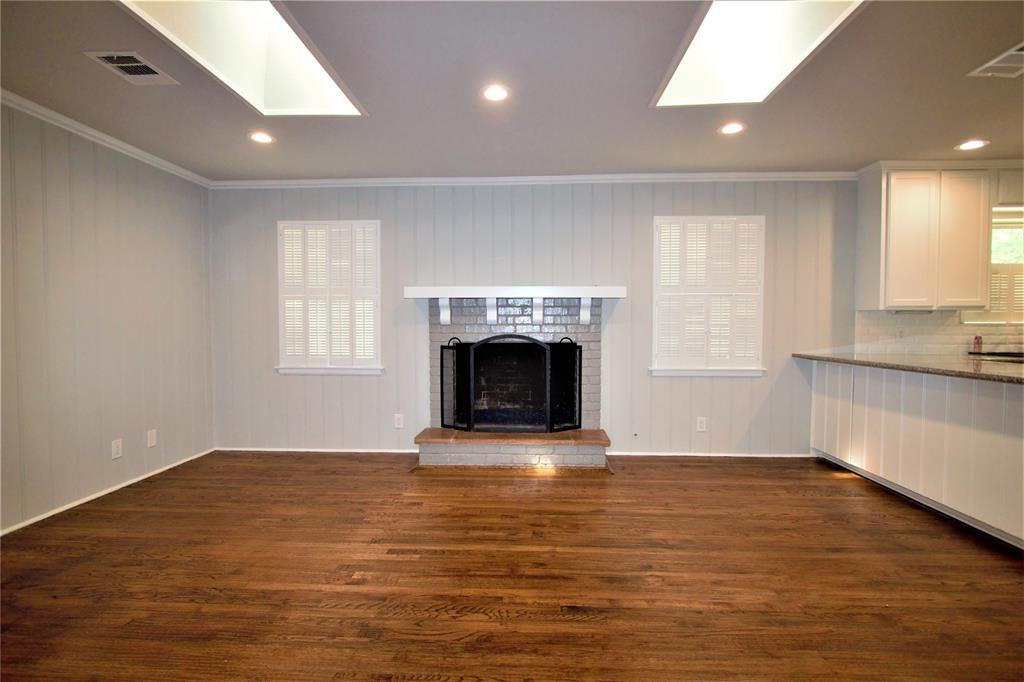 Sold Property | 2019 Ravinia Drive Arlington, Texas 76012 10