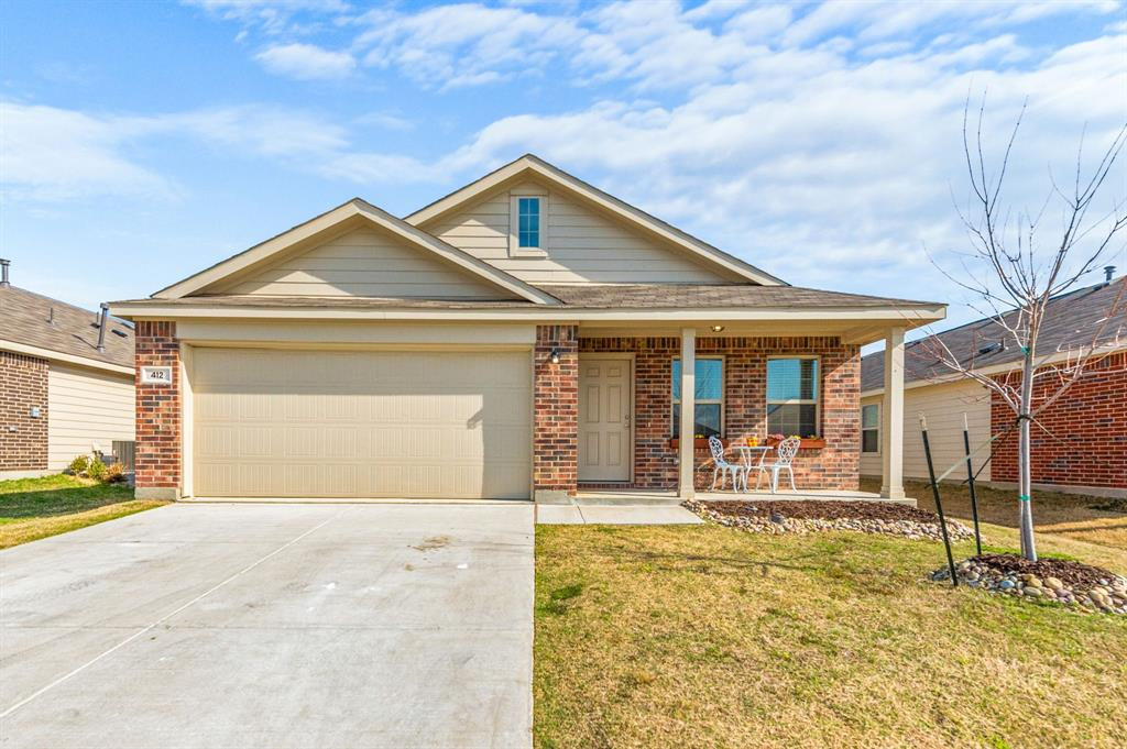 Active Option Contract | 412 Blue Crow Lane Fort Worth, Texas 76052 1