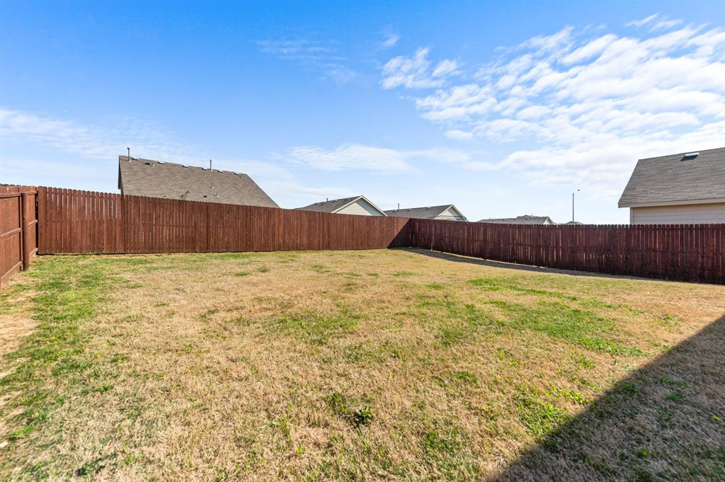 Active Option Contract | 412 Blue Crow Lane Fort Worth, Texas 76052 18