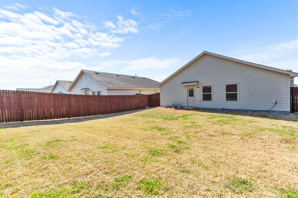 Active Option Contract | 412 Blue Crow Lane Fort Worth, Texas 76052 19