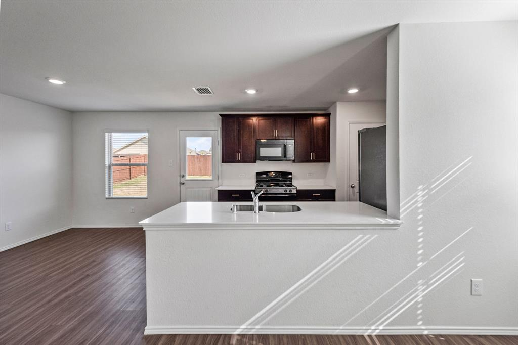 Active Option Contract | 412 Blue Crow Lane Fort Worth, Texas 76052 4