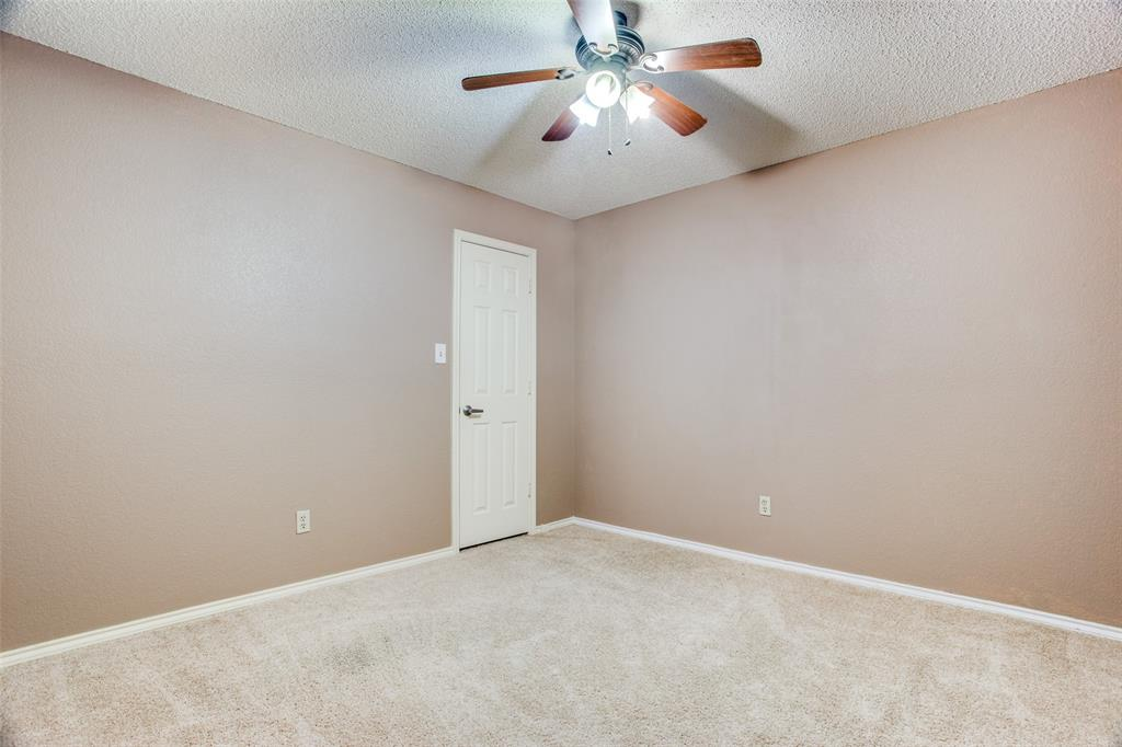 Active | 1305 Belvon Place Cleburne, Texas 76033 19