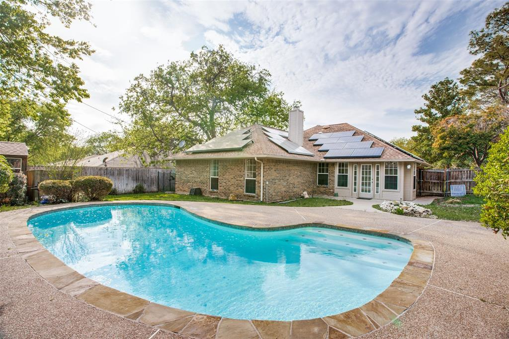 Active | 1305 Belvon Place Cleburne, Texas 76033 24