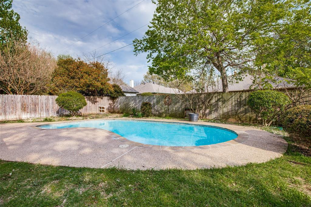 Active | 1305 Belvon Place Cleburne, Texas 76033 25