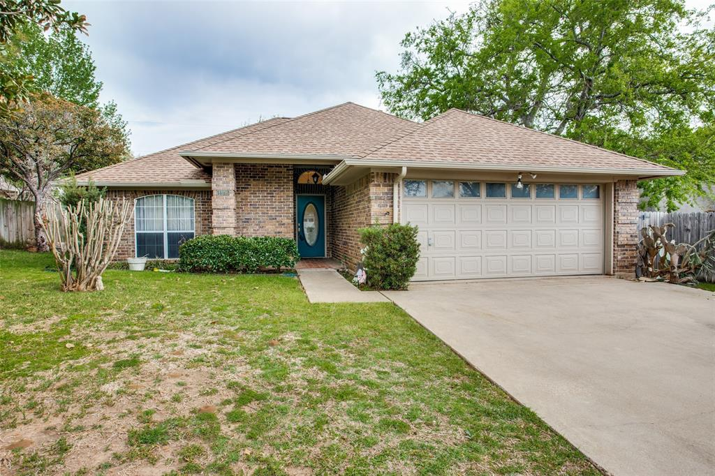 Active | 1305 Belvon Place Cleburne, Texas 76033 3
