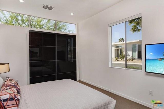 Closed | 4711 Jones Way Palm Springs, CA 92262 27