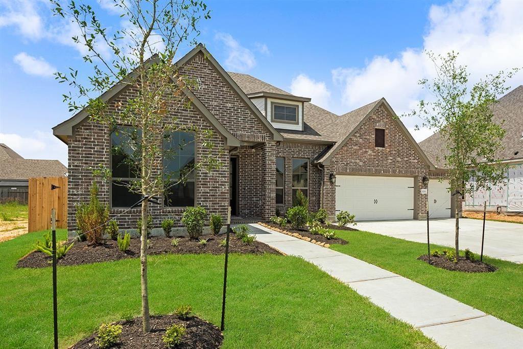 Active | 3211 Dovetail Colony League City, Texas 77573 1