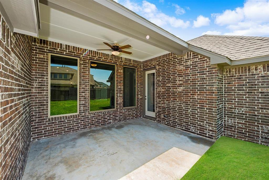 Active | 3211 Dovetail Colony League City, Texas 77573 22