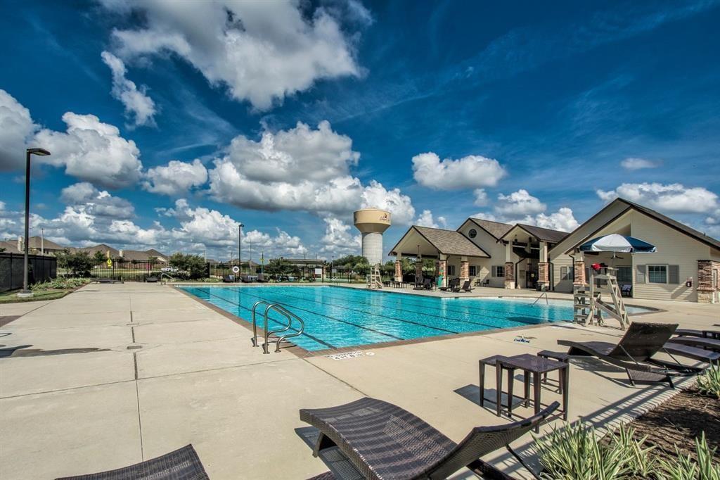 Active | 3211 Dovetail Colony League City, Texas 77573 26