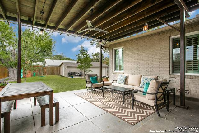 Pending | 116 W OAKVIEW PL Alamo Heights, TX 78209 21