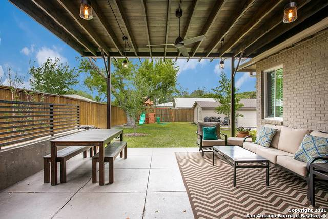 Pending | 116 W OAKVIEW PL Alamo Heights, TX 78209 22