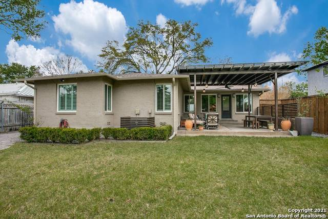 Pending | 116 W OAKVIEW PL Alamo Heights, TX 78209 23