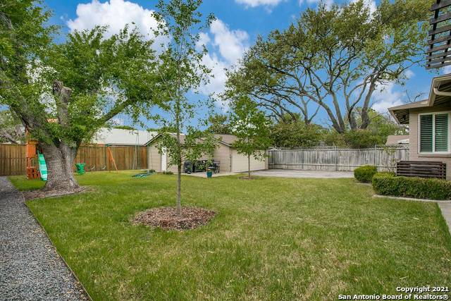 Pending | 116 W OAKVIEW PL Alamo Heights, TX 78209 24