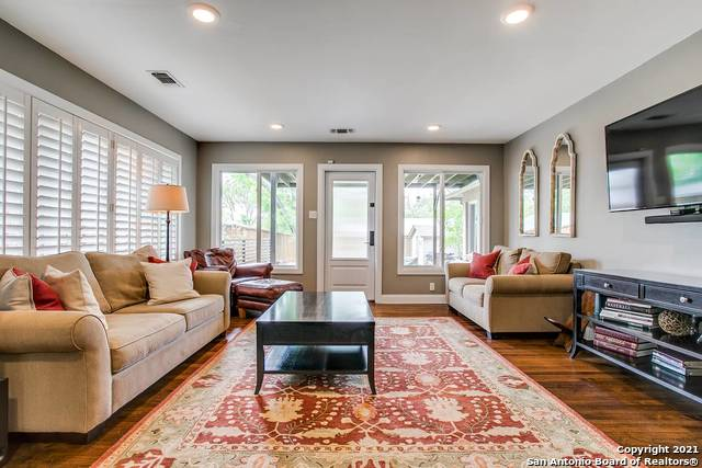 Pending | 116 W OAKVIEW PL Alamo Heights, TX 78209 6