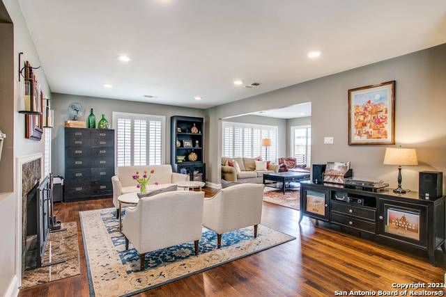Pending | 116 W OAKVIEW PL Alamo Heights, TX 78209 8