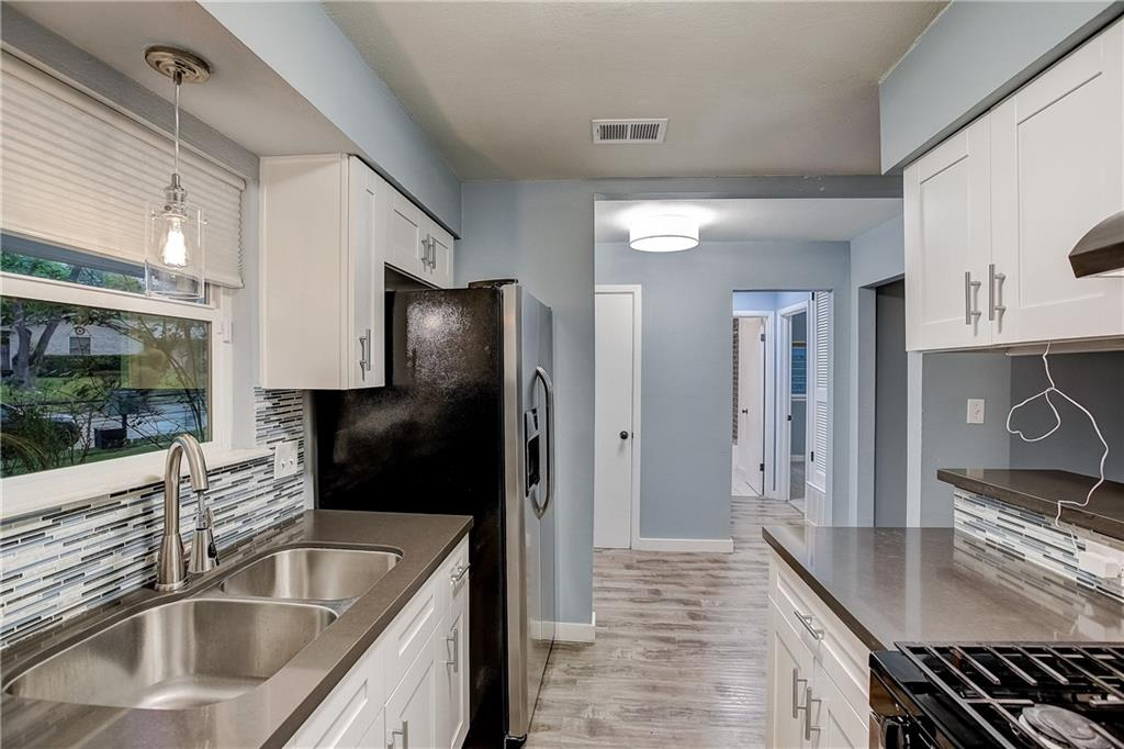 Active | 7214 Whispering Winds Drive Austin, TX 78745 5