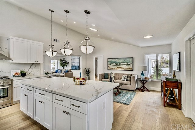 Pending | 7011 Hedgewood Drive Rancho Palos Verdes, CA 90275 7