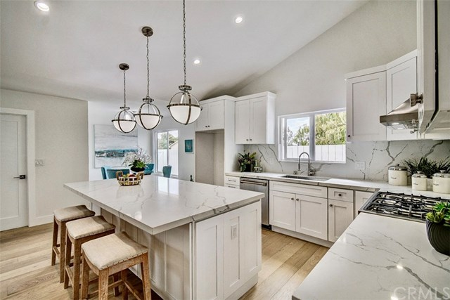 Pending | 7011 Hedgewood Drive Rancho Palos Verdes, CA 90275 8