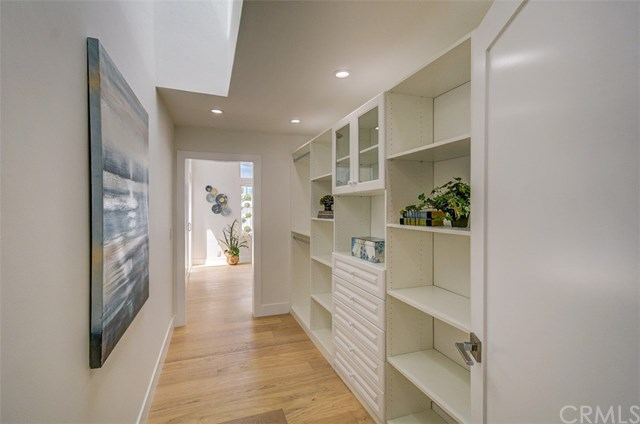 Pending | 7011 Hedgewood Drive Rancho Palos Verdes, CA 90275 34