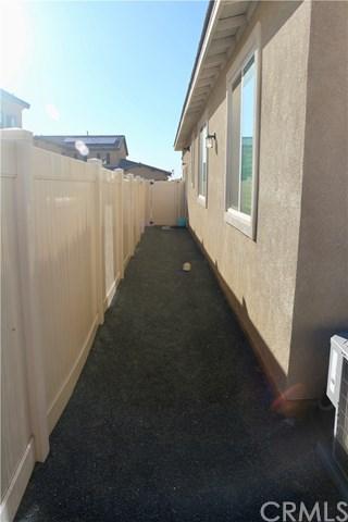 Pending | 1690 Brockton Lane Beaumont, CA 92223 24