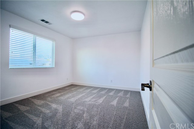 Pending | 1690 Brockton Lane Beaumont, CA 92223 33