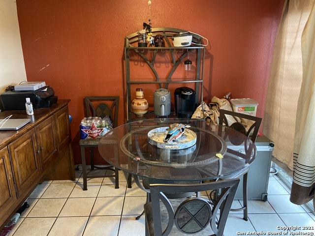 Pending | 170 DE CHANTLE RD #401 San Antonio, TX 78201 1