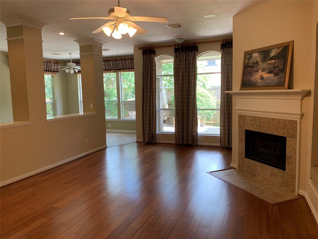 Off Market   106 Cezanne Woods The Woodlands, Texas 77382 9