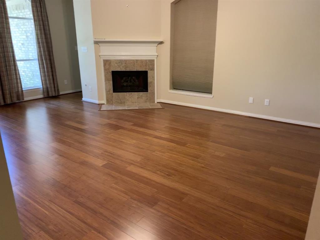 Off Market   106 Cezanne Woods The Woodlands, Texas 77382 13