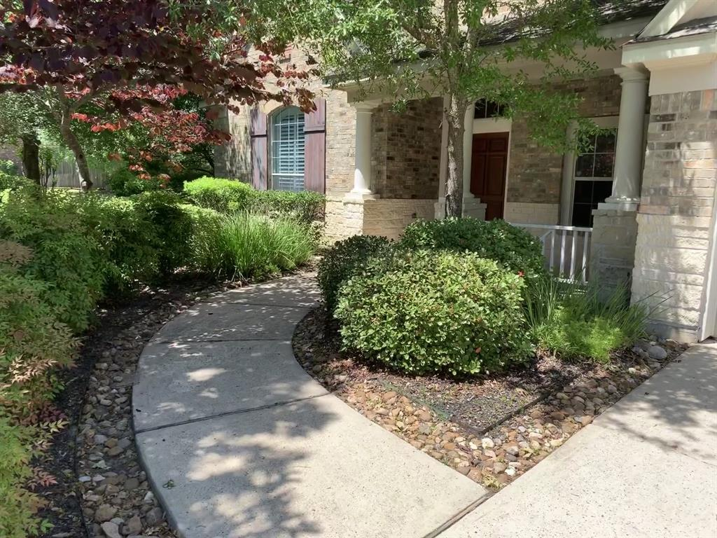 Off Market   106 Cezanne Woods The Woodlands, Texas 77382 1