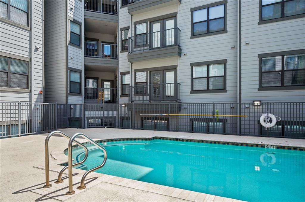 Active | 2502 Leon Street #205 Austin, TX 78705 17