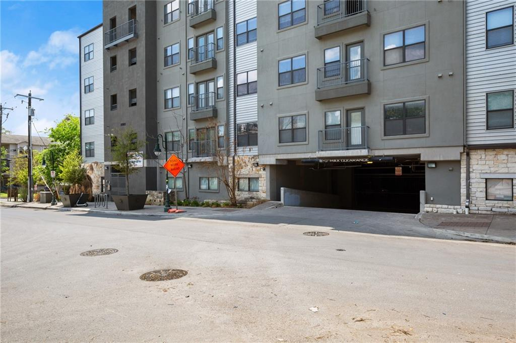 Active | 2502 Leon Street #205 Austin, TX 78705 19