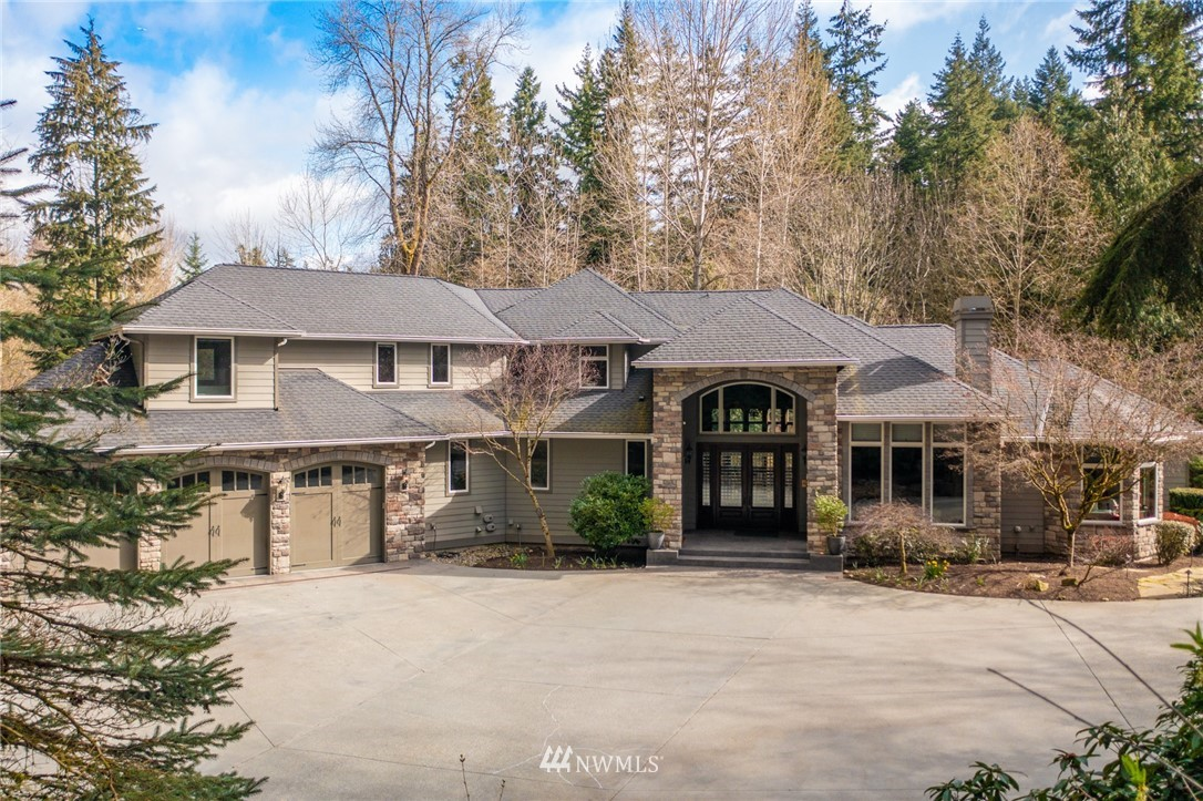 Active | 22211 Old Poplar Way Brier, WA 98036 0