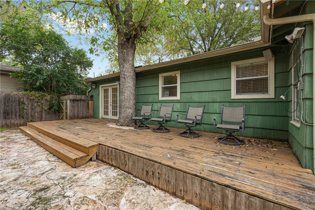 Active   4604 Oakmont Boulevard Austin, TX 78731 17