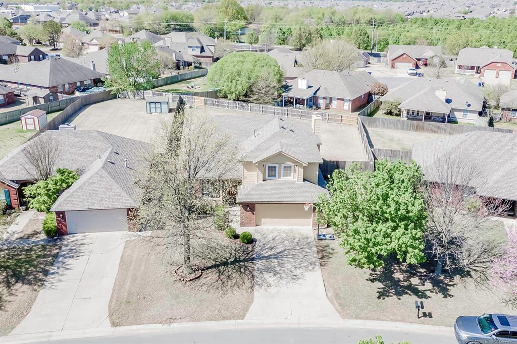 Off Market | 4720 S 195th East Avenue Broken Arrow, Oklahoma 74014 3