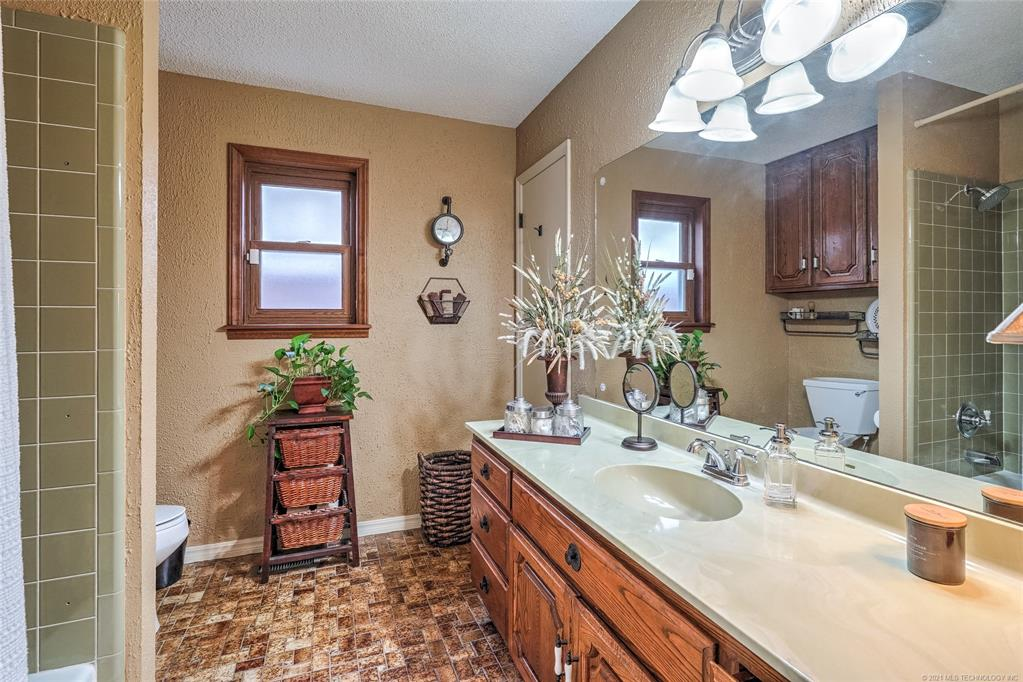 Off Market | 2340 S 99th East Avenue Tulsa, Oklahoma 74129 24