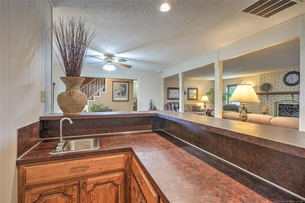 Off Market | 2340 S 99th East Avenue Tulsa, Oklahoma 74129 8