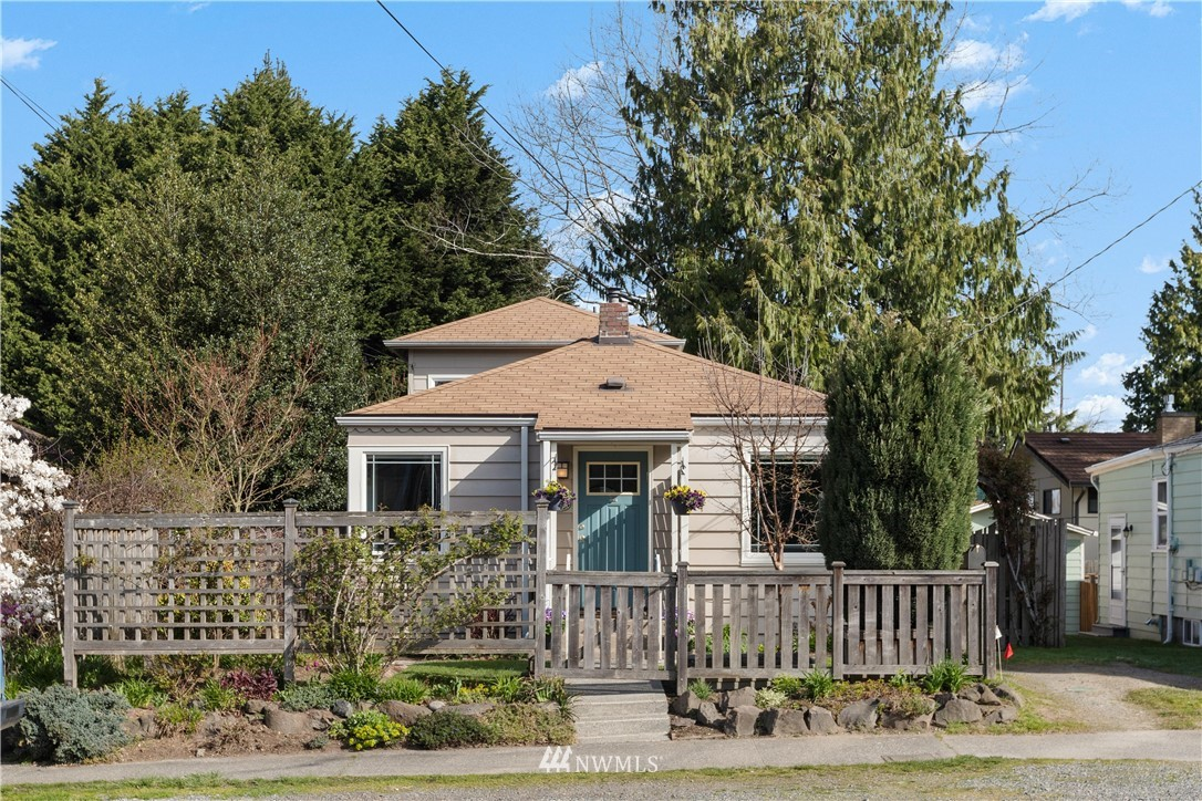 Pending | 422 NE 92nd Street Seattle, WA 98115 0