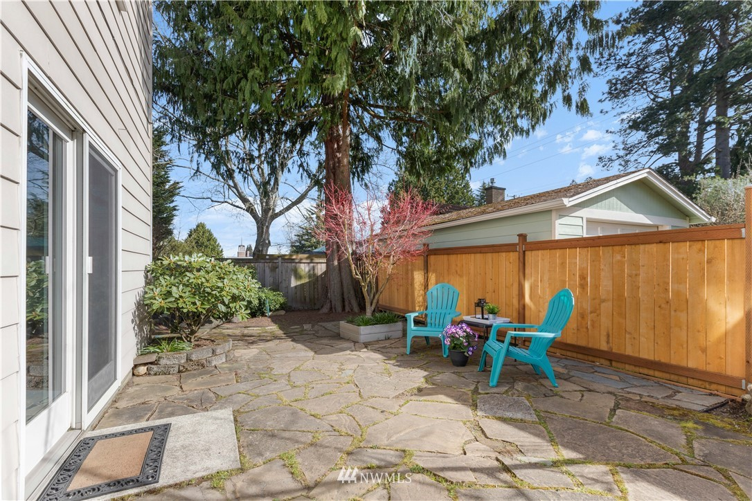 Pending | 422 NE 92nd Street Seattle, WA 98115 14