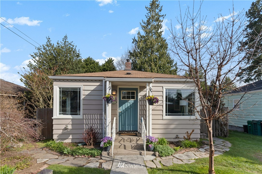 Pending | 422 NE 92nd Street Seattle, WA 98115 17