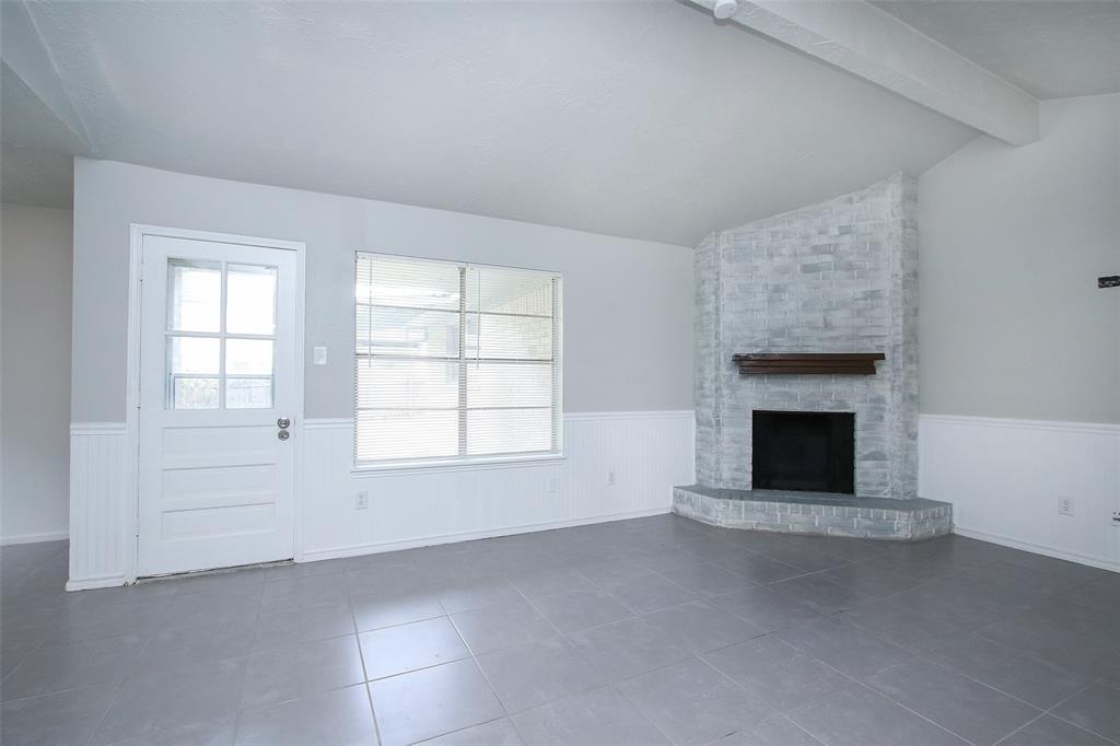 Option Pending | 203 Hartford Drive Conroe, Texas 77303 14