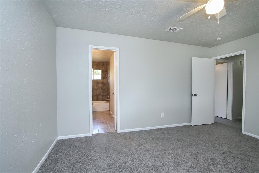 Option Pending | 203 Hartford Drive Conroe, Texas 77303 19