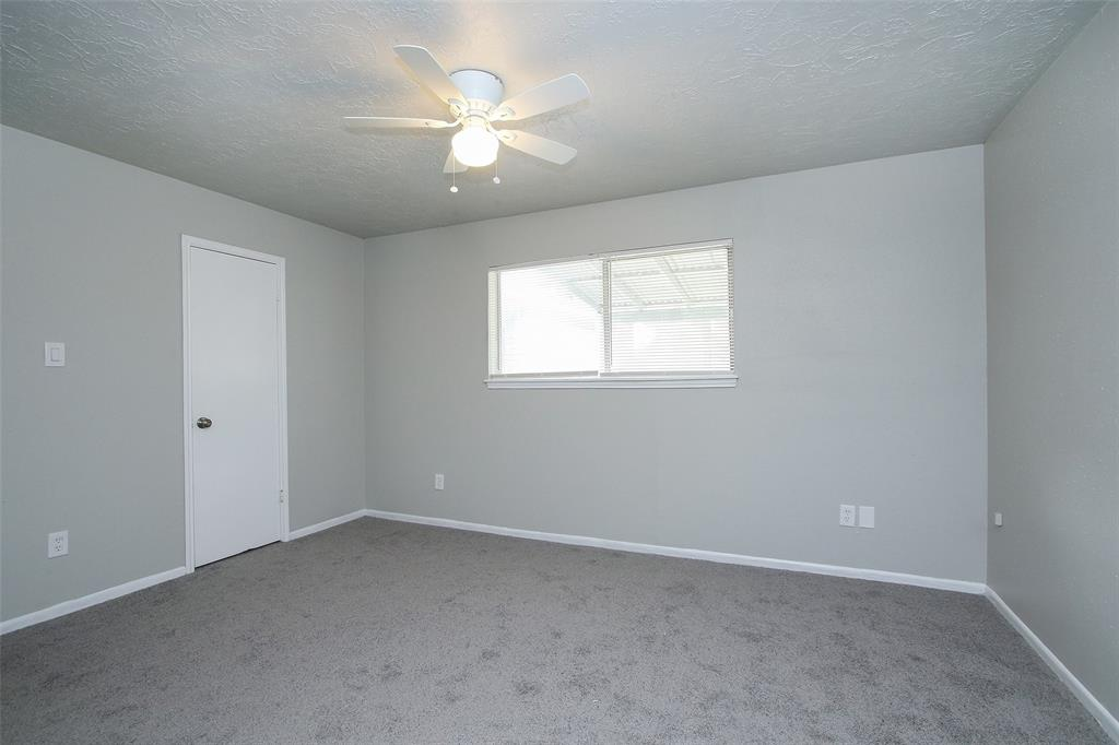Option Pending | 203 Hartford Drive Conroe, Texas 77303 20