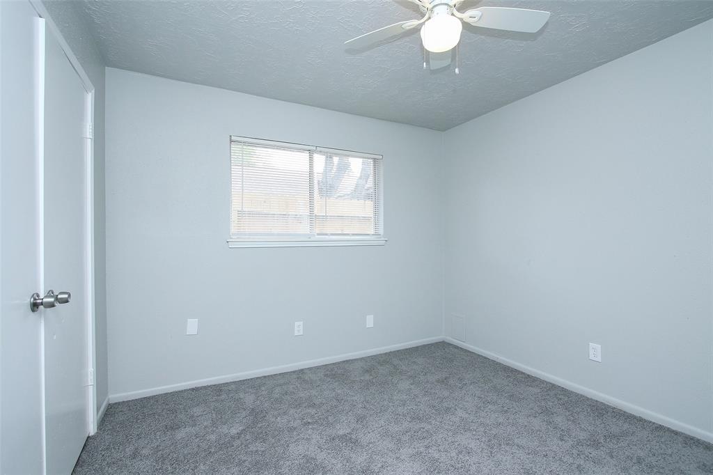 Option Pending | 203 Hartford Drive Conroe, Texas 77303 23