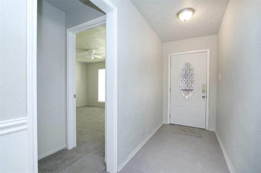 Option Pending | 203 Hartford Drive Conroe, Texas 77303 32