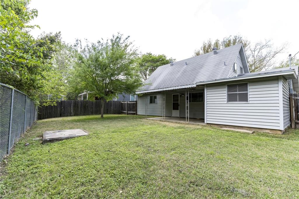 ActiveUnderContract | 2413 Little John Lane Austin, TX 78704 21
