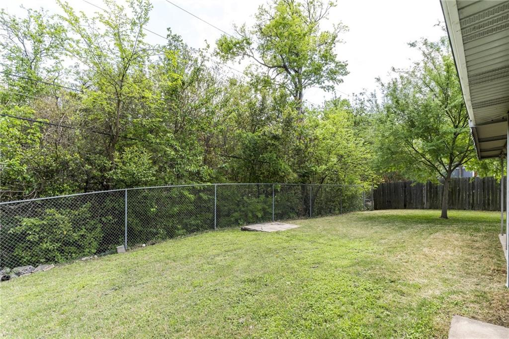 ActiveUnderContract | 2413 Little John Lane Austin, TX 78704 22