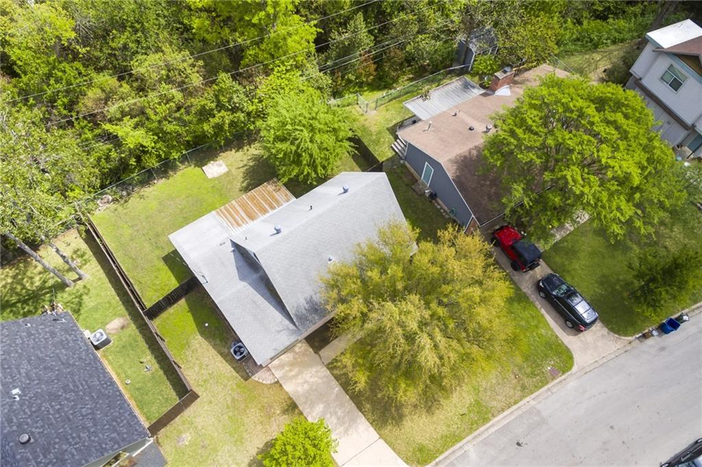 ActiveUnderContract | 2413 Little John Lane Austin, TX 78704 24